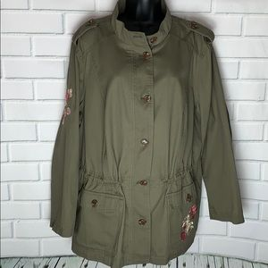 Perfect Lightweight Jacket for Fall !